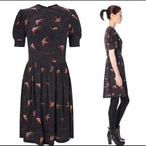 FRENCH CONNECTION Swallow Print Dress Black Size 6